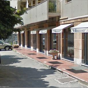Negozi per l 39 arredamento bagno a genova e sestri ponente for Arredamento negozi genova